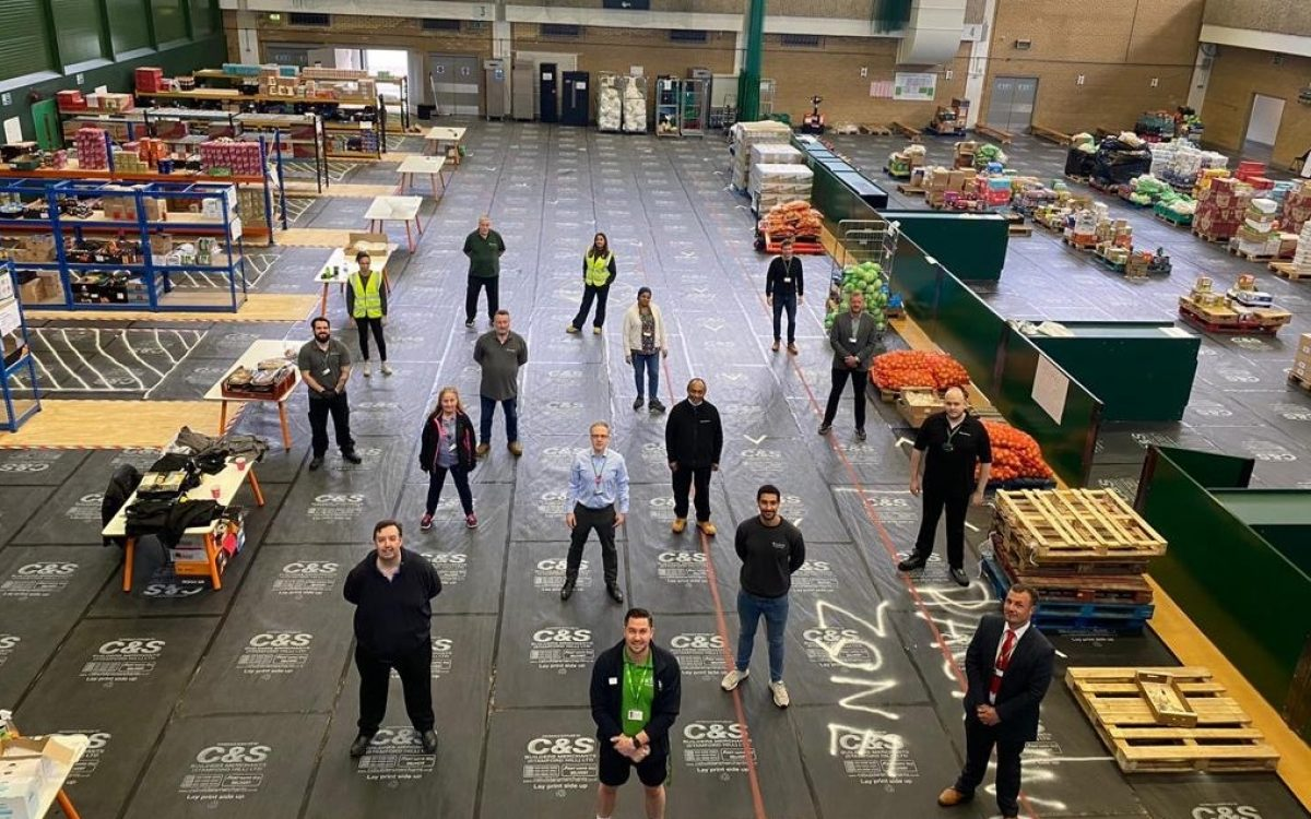 Councillors pay a visit to the food distrbution hub